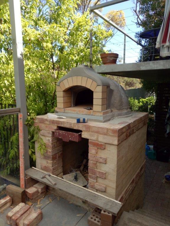 Pizza oven brick arch